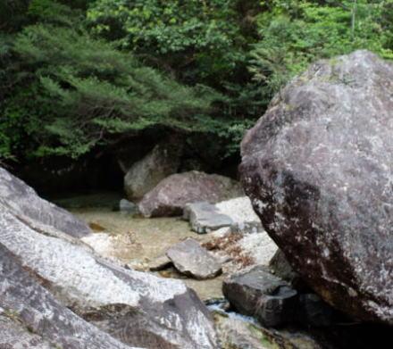 stream at Chiiwa-kyo